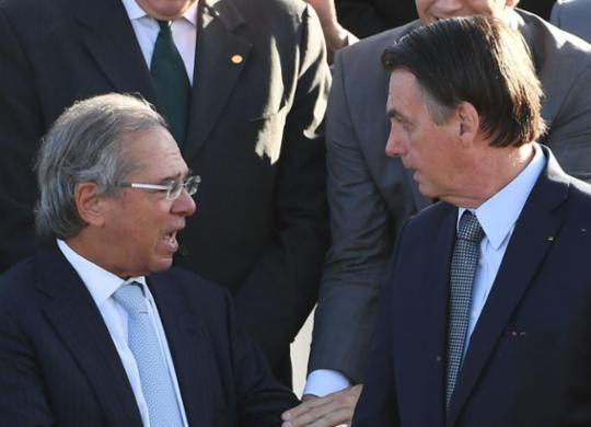 Ninguém é obrigado a ficar como ministro, diz Bolsonaro sobre Guedes | Evaristo Sá l AFP