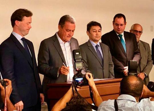 Rui Costa confirma investimento de R$ 2,5 bilhões nos terminais do Porto Sul | Roberto Aguiar | Ag. A TARDE
