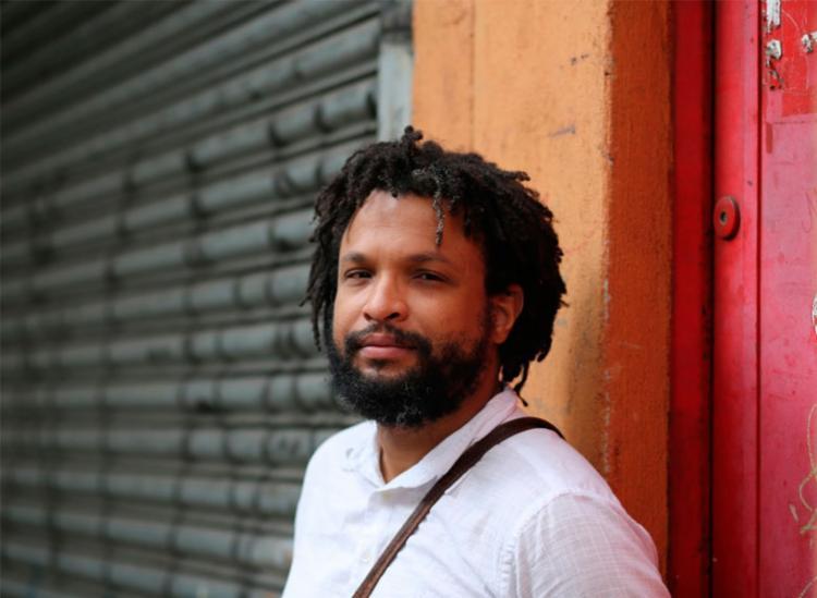 Flávio é jornalista e já trabalhou em A TARDE de janeiro de 2009 a julho de 2010 - Foto: Divulgação