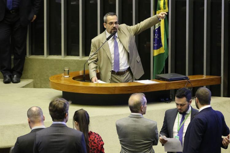 Ministro da Educação durante discurso no plenário da Câmara - Foto: Fabio Rodrigues Pozzebom l Agência Brasil Brasília