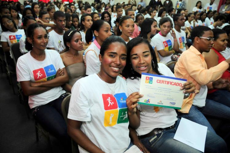 Iniciativa vai qualificar profissionalmente 120 jovens, de 16 a 22 anos, na área teatral - Foto: Divulgação | Marcelo Reis
