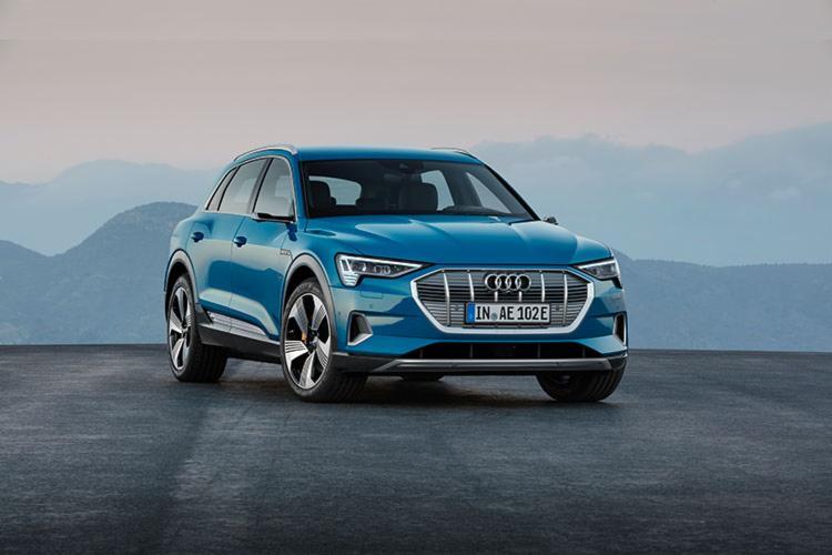 Audi durante avaliação do seu e-tron em solo nacional - Foto: Divulgação