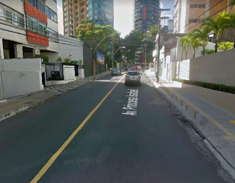 Trecho onde antes só passavam veículos no sentido Porto da Barra, passará a ser de mão dupla. - Foto: Reprodução | GoogleMaps