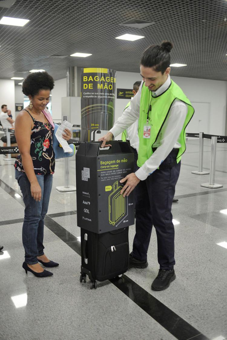 As regras valem para os embarques em todos os aeroportos do país - Foto: Shirley Stolze | Ag. A TARDE