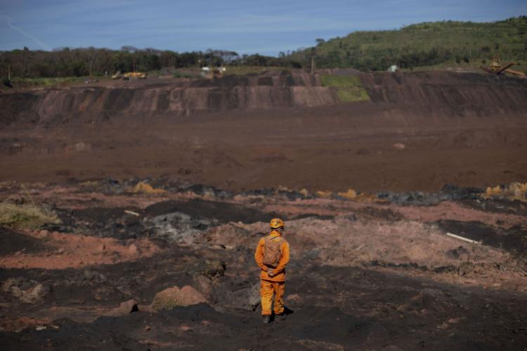 A barragem de Brumadinho se rompeu em janeiro do ano passado matando 444 pessoas - Foto: Mauro Pimentel l AFP