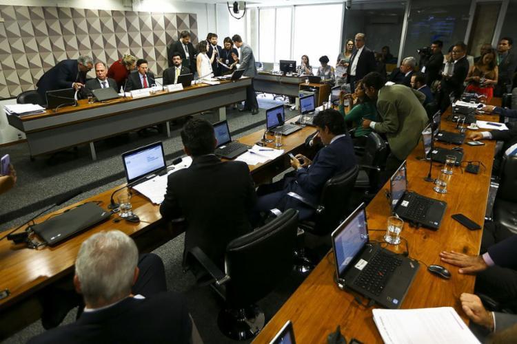 A PEC segue agora para análise do seu mérito em uma comissão especial que ainda será instalada. - Foto: Marcelo Camargo l Agência Brasil