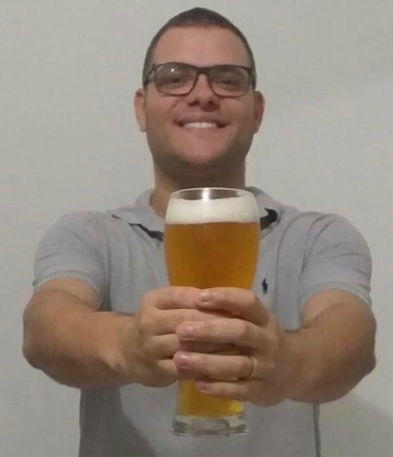 Ivan é coordenador do curso de mestre cervejeiro do SENAI