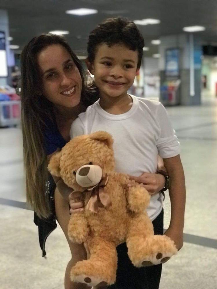Marina conta com a ajuda de familiares para conciliar a maternidade com os negócios