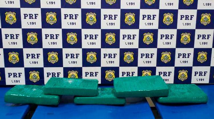 Material apreendido pela Polícia Rodoviária Federal (PRF) durante abordagem - Foto: Divulgação | PRF