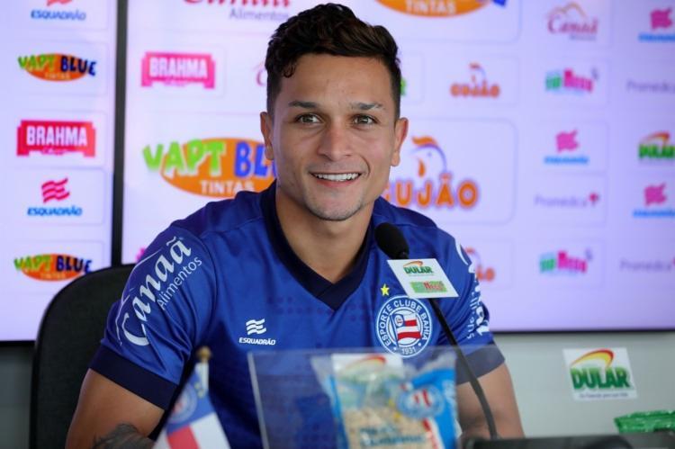 Nas últimos três jogos, o ponteiro Artur balançou a rede duas vezes - Foto: Felipe Oliveira | EC Bahia