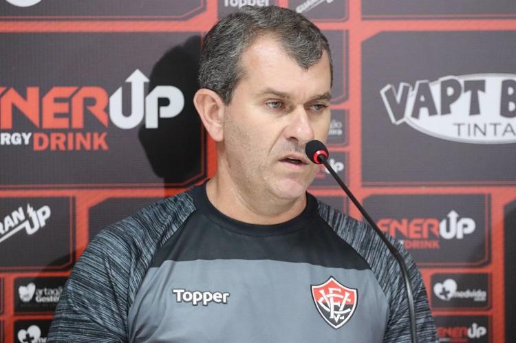 O técnico revelou ainda que novos atletas podem chegar ao clube - Foto: Maurícia da Matta | EC Vitória