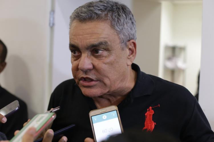 Paulo Carneiro disparou sobre o vazamento dos uniformes