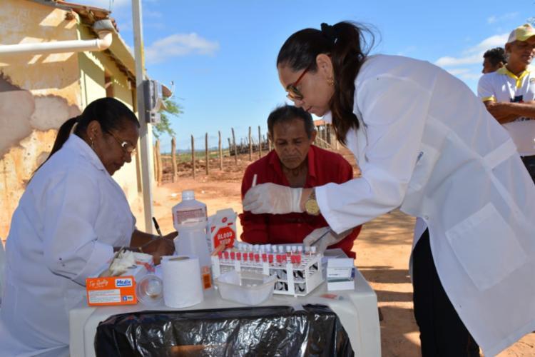 Durante a feira, diversos serviços foram disponibilizados para a população, como atendimentos médicos, jurídicos, além de farmácia básica - Foto: DIvulgação