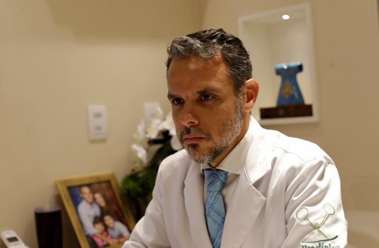 O fala sobre as vantagens incontinência urinária, câncer de próstata e cirurgias para mudança de sexo - Foto: Adilton Venegeroles | Ag. A TARDE