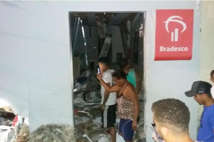 Caixa eletrônico de agência foi levado; ninguém ficou ferido | Foto: Reprodução | Moura Notícias