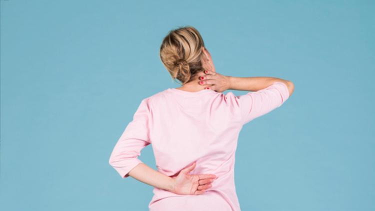 Muitos pacientes enfrentam uma longa trajetória, acompanhada de dor crônica - Foto: Divulgação   Freepik