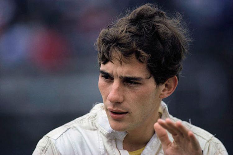 Ayrton morreu no dia 1º de maio de 1994 em uma colisão entre o carro que pilotava e uma barreira de concreto - Foto: Divulgação