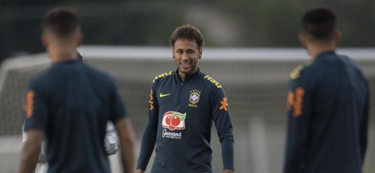 Neymar irá se apresentar à seleção brasileira na manhã deste sábado, 25 - Foto: Mauro Pimentel | AFP
