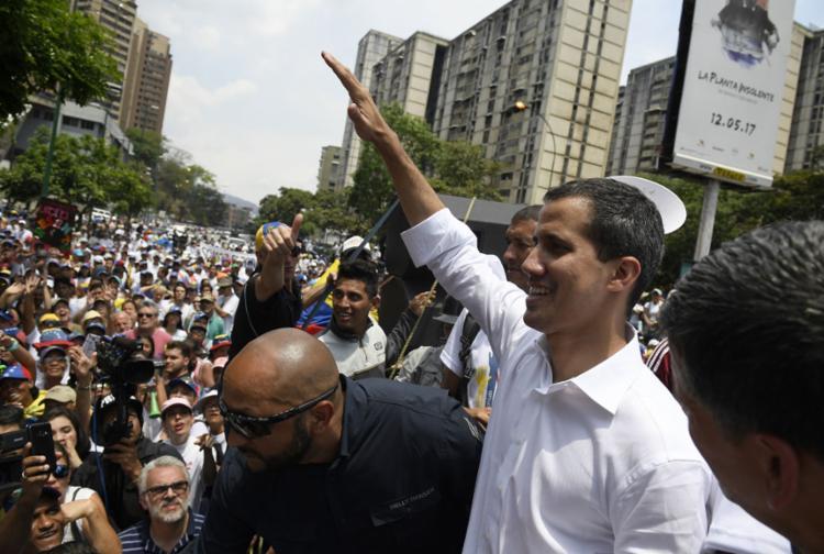 Guaidó disse que a oposição precisa aumentar a pressão contra Maduro - Foto: Federico Parra l AFP