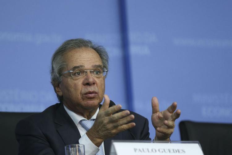Medida só deve ser adotada após aprovação da reforma da Previdência - Foto: José Cruz l Agência Brasil