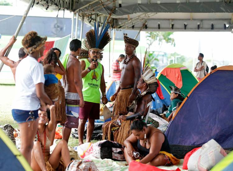 Indígenas protestam por direitos à saúde e educação - Foto: Joá Souza | Ag. A TARDE