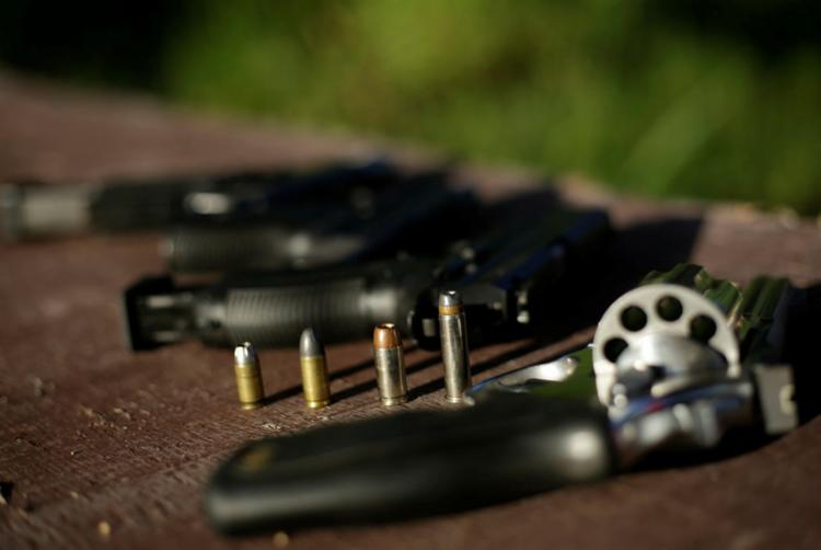 Liberação da circulação de armas no País é alvo de críticas de vários segmentos