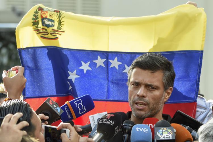 Líder oposicionista disse que não pretende voltar para a cadeia - Foto: Juan Barreto l AFP