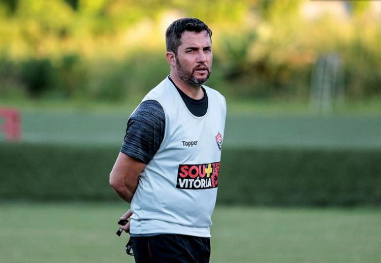 Loss teve quatro dias de treinos para montar time que joga neste domingo, 26 - Foto: Tiago Caldas l EC Vitória