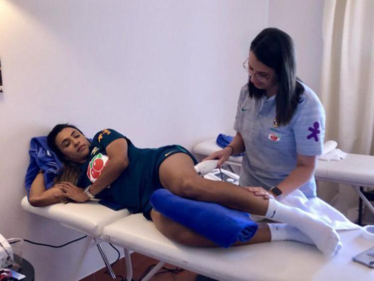 Desde a semana passada Marta não participa de atividades com bola - Foto: Laura Zago   CBF