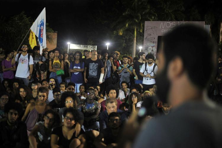 Atos em todos os Estados vêm sendo chamados pelas maiores entidades estudantis e sindicais do País - Foto: Felipe Iruatã | Ag. A TARDE