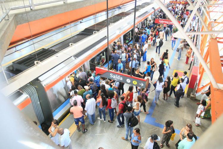 Ainda não se sabe o que causa a lentidão dos trens do metrô - Foto: Luciano da Matta   Ag. A TARDE