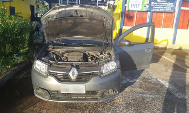 Veículo tinha placas clonadas e diversas multas nos últimos seis meses - Foto: Divulgação | PRF