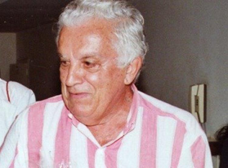 Manoel Leal foi morto com seis tiros na porta da própria casa