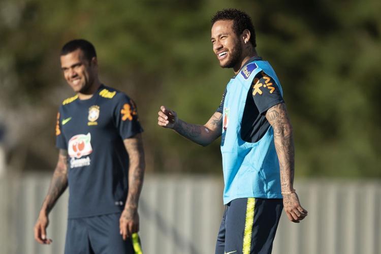 Neymar participou normalmente da atividade na Granja Comary - Foto: Lucas Figueiredo l CBF