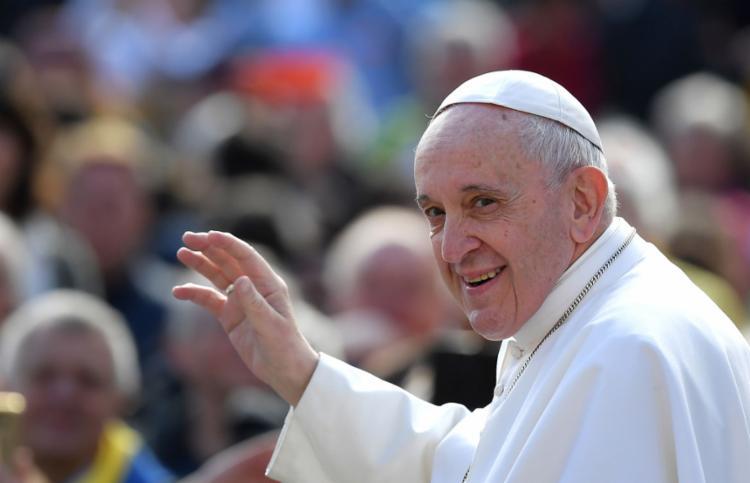 O pontífice falou para milhares de fiéis na Praça São Pedro nesta quarta-feira, 1º - Foto: Tiziana Fabi l AFP