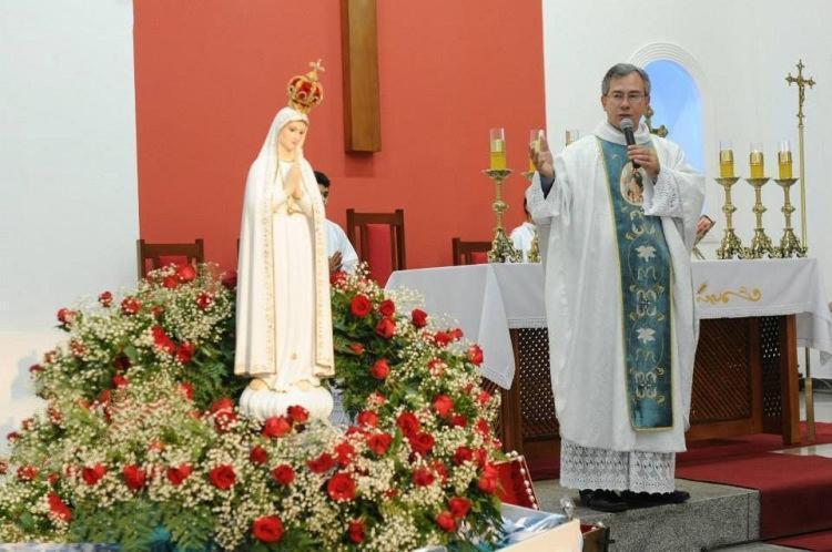A imagem de Nossa Senhora de Fátima tem percorrido Salvador e Lauro de Freitas desde o dia 6 - Foto: Divulgação
