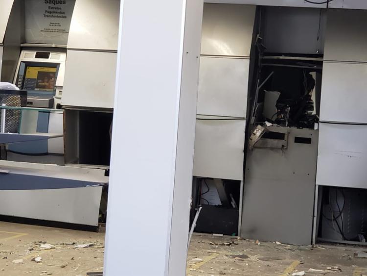 Ação foi flagrada por câmeras de segurança - Foto: Paiva   Blog Braga