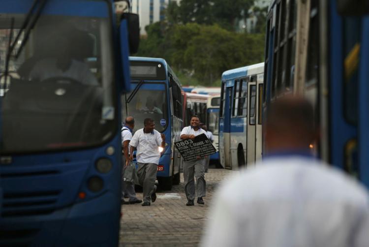 A categoria reivindica aumento de 8% do salário; empresários oferecem 2,7% - Foto: Joá Souza   Ag. A TARDE   25/04/2019