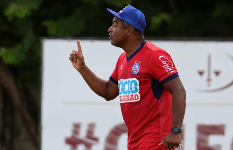 Técnico Roger quer fazer o Tricolor engrenar no Campeonato Brasileiro - Foto: Felipe Oliveira l EC Bahia