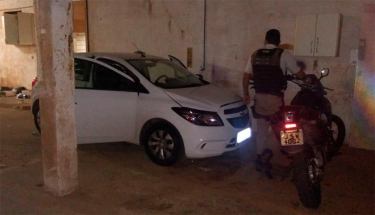 Galpão que foi alugado para ser lava-jato, funcionava como espaço de adulteração de veículos - Foto: Divulgação | SSP-BA
