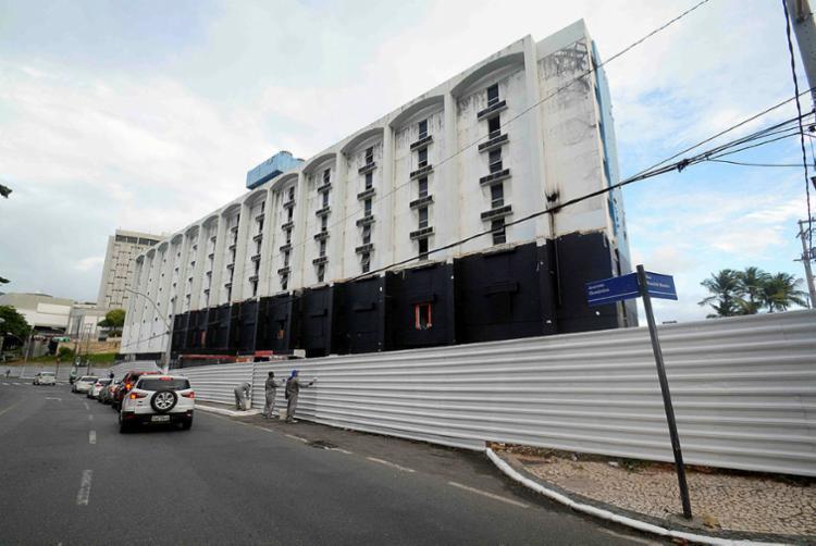 Hotel está sem funcionar há mais de dez anos - Foto: Jefferson Peixoto | Secom PMS