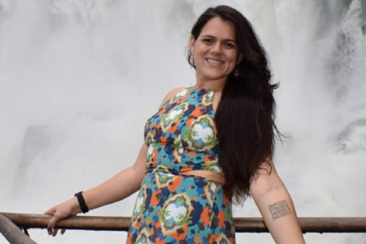 Kayna Silveira descobriu o câncer após aparecer caroço e rouquidão na voz | Foto: Arquivo Pessoal