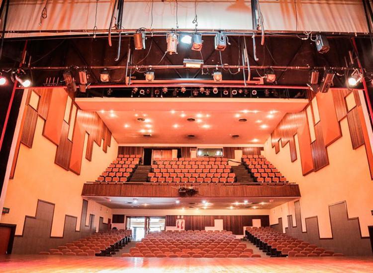 Curso será realizado no Teatro Jorge Amado - Foto: Divulgação