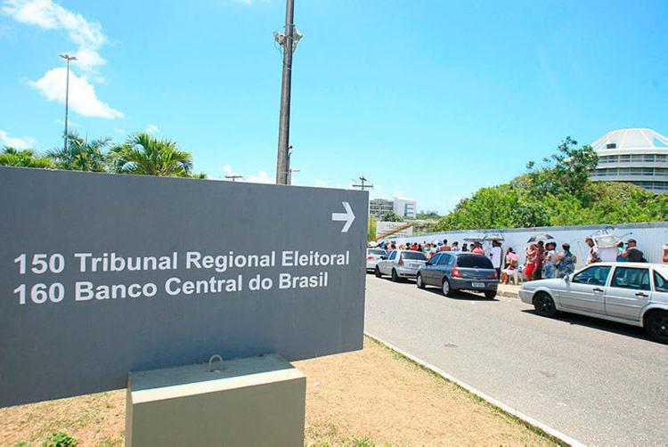 Serviço de recadastramento biométrico será retomado no próximo dia 13 - Foto: Mila Cordeiro   Ag. A TARDE