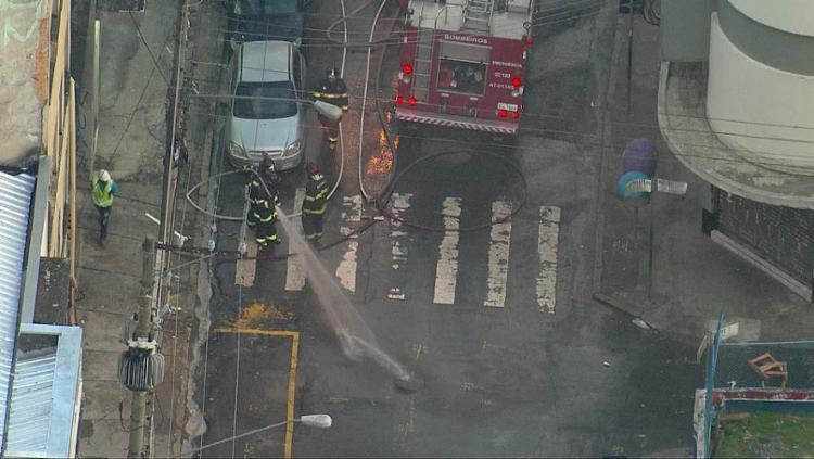 O incêndio aconteceu na madrugada desta sexta-feira, 3, por volta das 3h25 - Foto: Reprodução | TV Globo