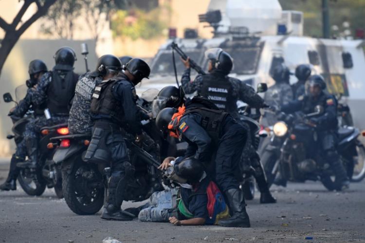 Venezuela vive enorme tensão política desde janeiro deste ano - Foto: Federico Parra | AFP