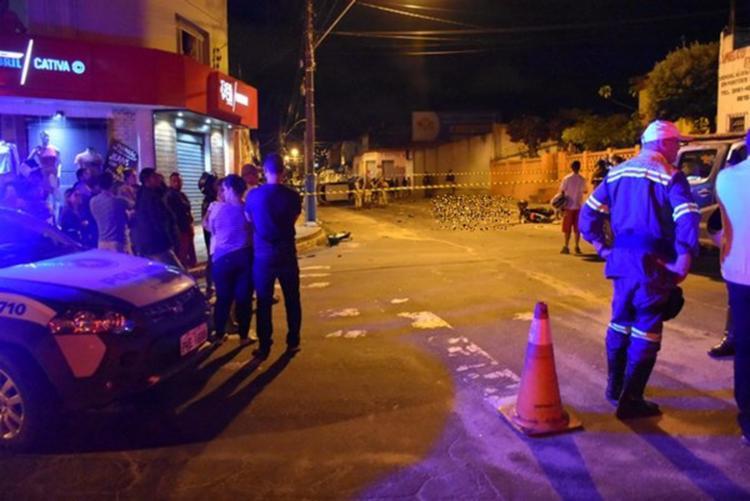 Piloto da moto foi arremessado por quase dez metros do local do acidente - Foto: Divulgação | Blog do Anderson