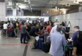 Passageiros ainda enfrentam transtornos no aeroporto de Salvador | Foto: Uendel Galter | AG. A TARDE