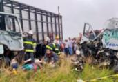 Colisão entre van e ônibus deixa oito mortos na BA-502 | Paulo José | Acorda Cidade