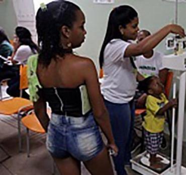 A ação trabalha diretamente com as crianças e familiares, impactando positivamente na prevenção do sobrepeso e da obesidade - Foto: Divulgação   SECOM